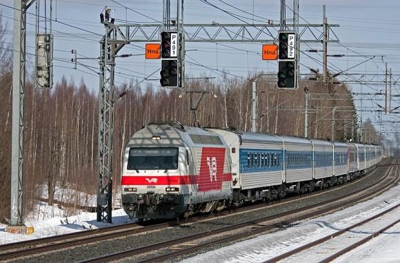 Поезд Лев Толстой - фото