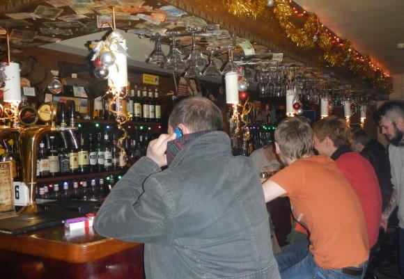 Барная стойка в баре Черт Побери