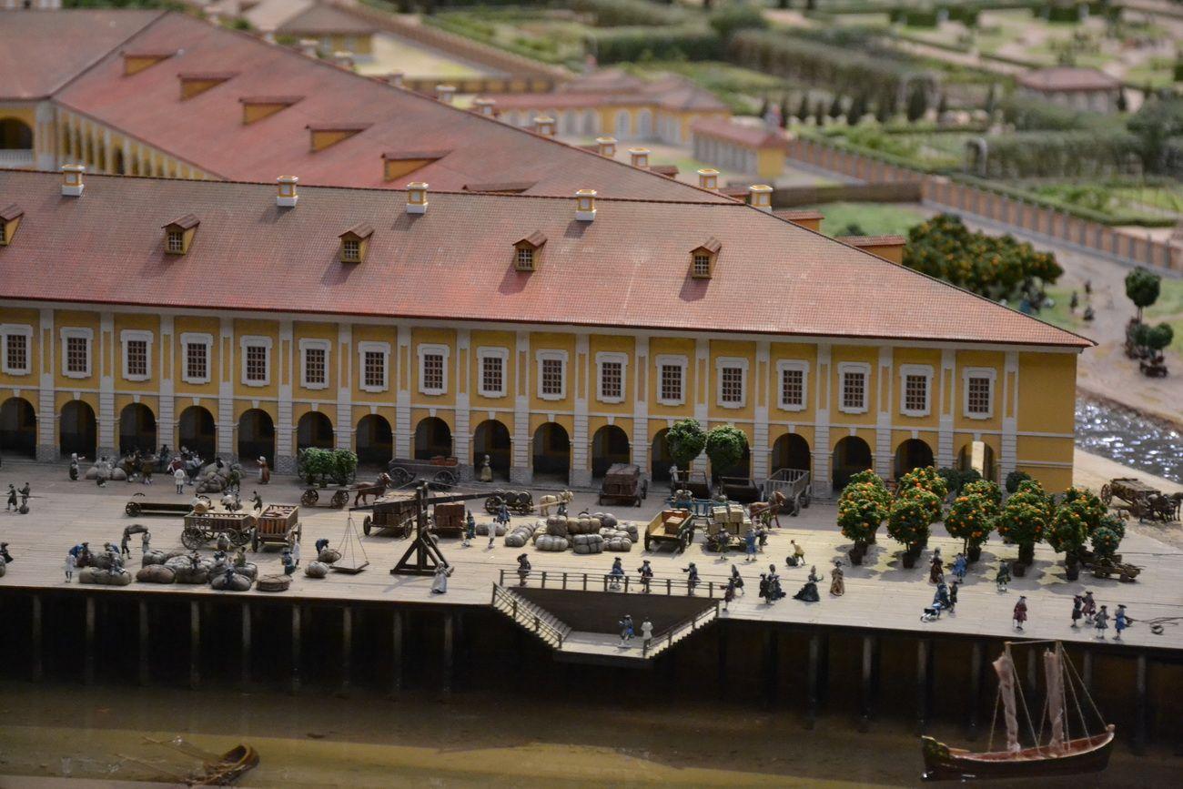 Гостиный двор на Васильевском острове, сейчас не существует