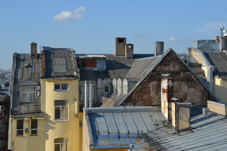 Типичная крыша старого Петербурга