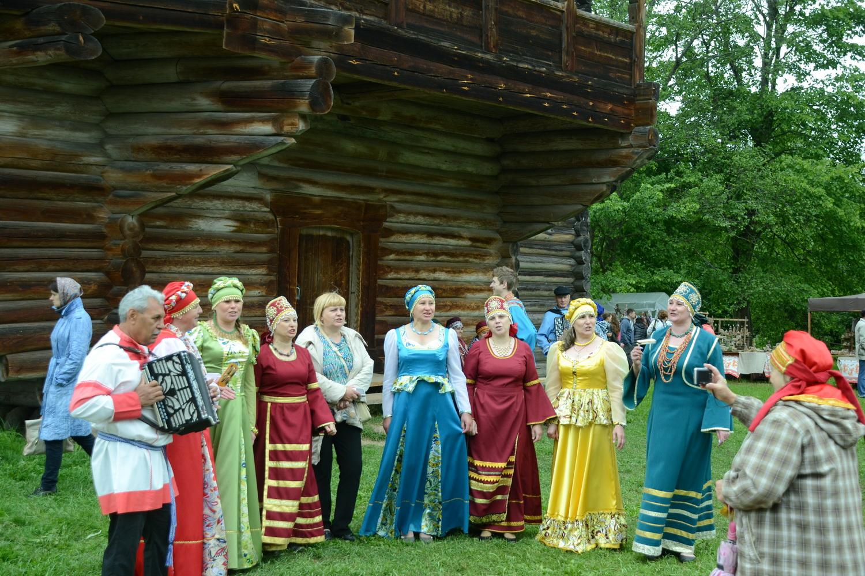 В праздничные дни, такие как Масленица, Рождество, Пасха и День города, здесь проводятся развлекательные мероприятия