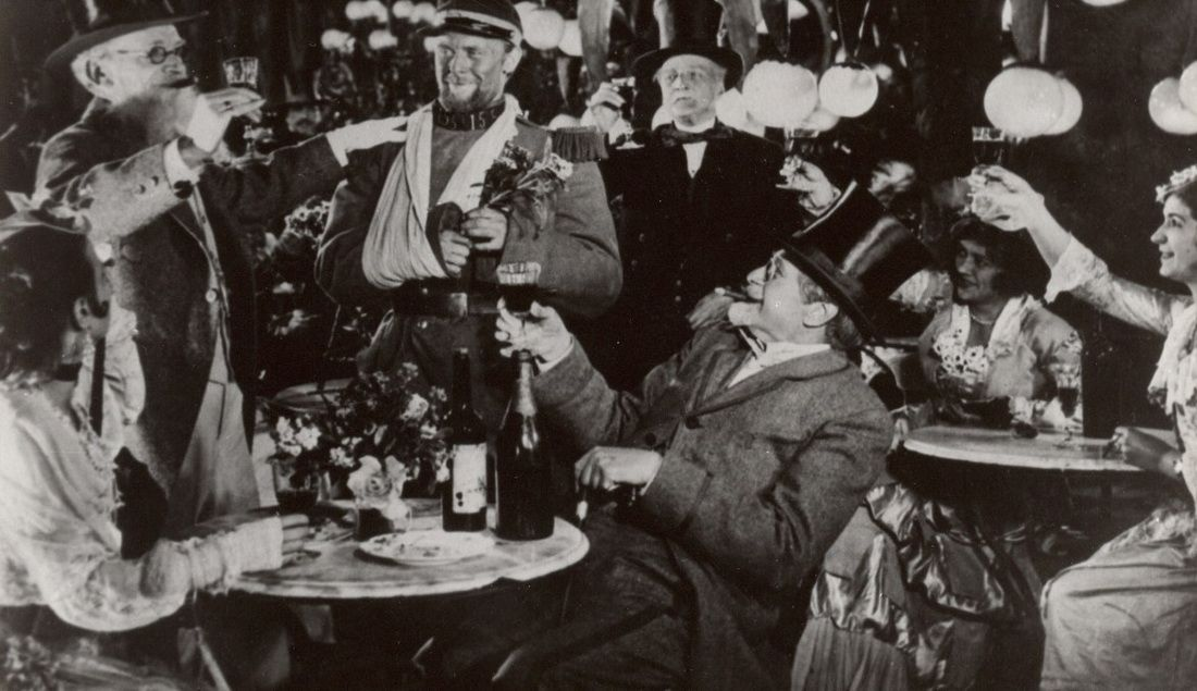 Советская кинокартина 1929 года `Новый Вавилон`