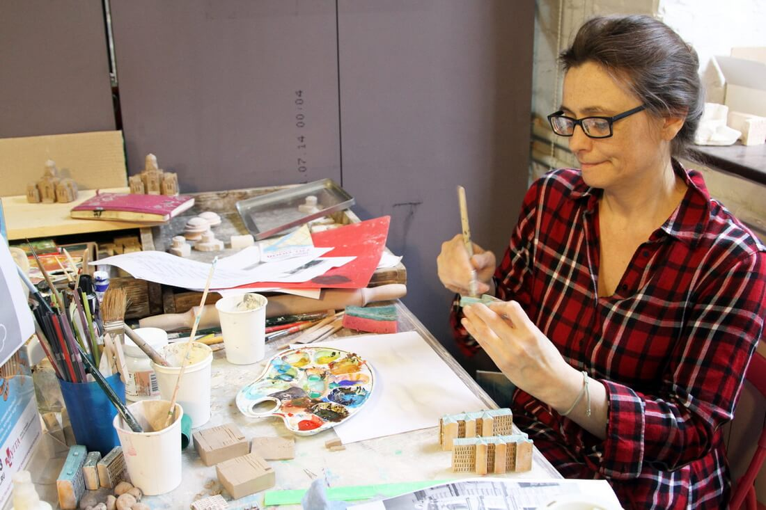 Профессиональные художники и керамисты проводят мастер-классы
