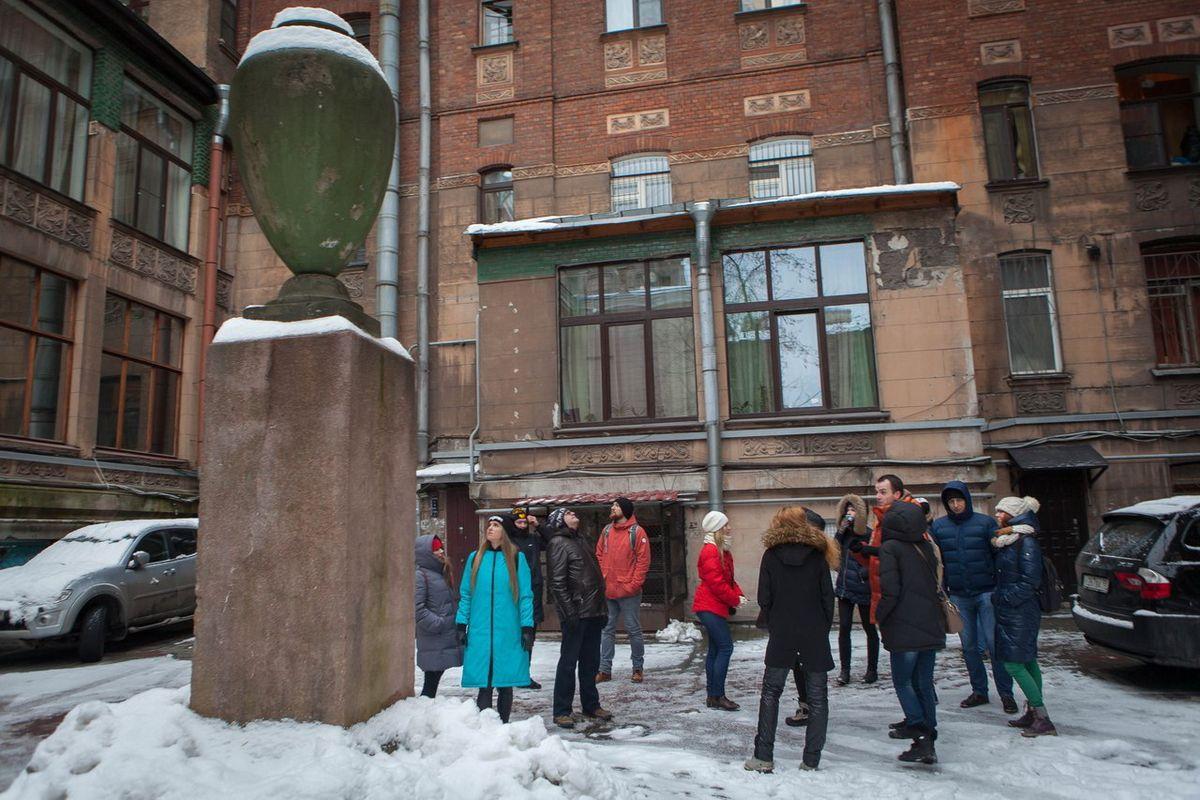 Экскурсия по Петроградской стороне