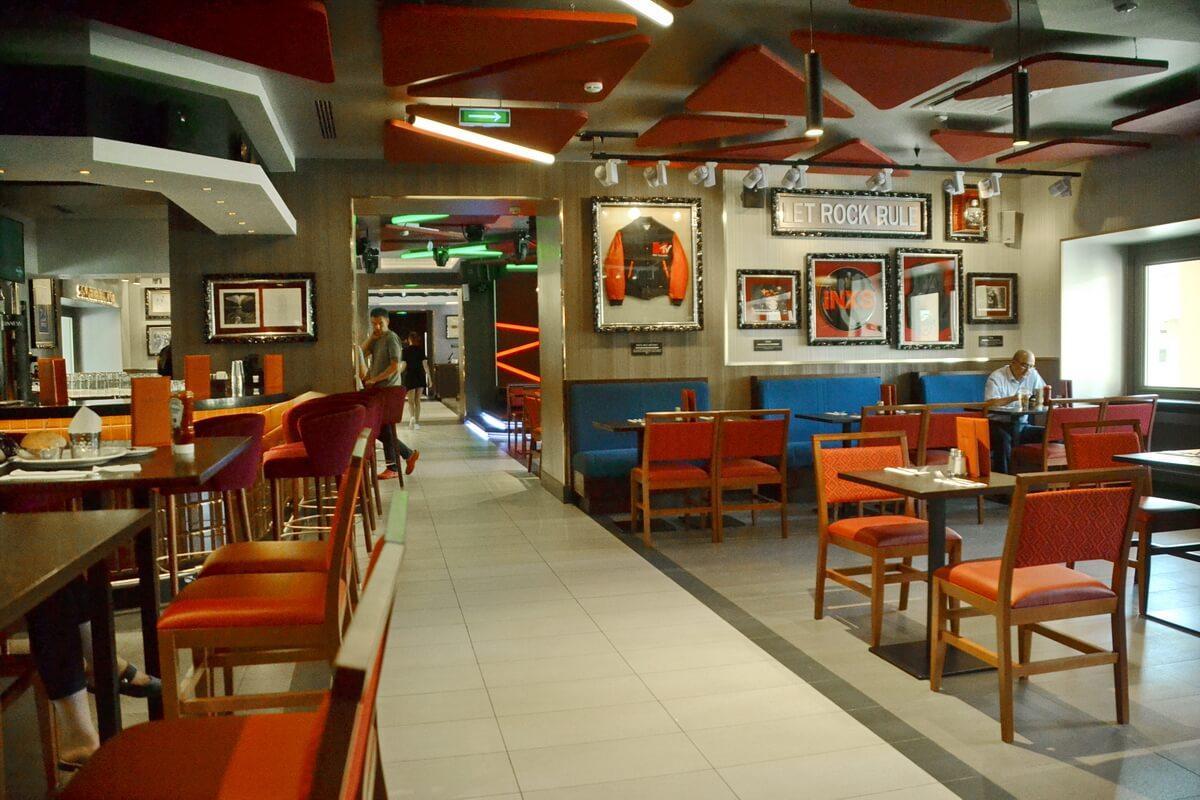 Зал в Hard Rock Café