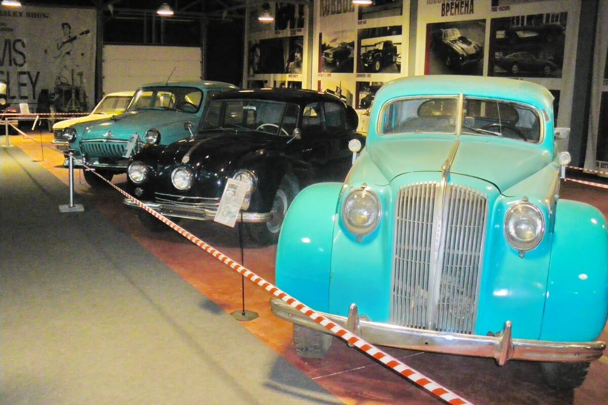 Музей ретро-автомобилей и мотоциклов `Лошадиная сила`