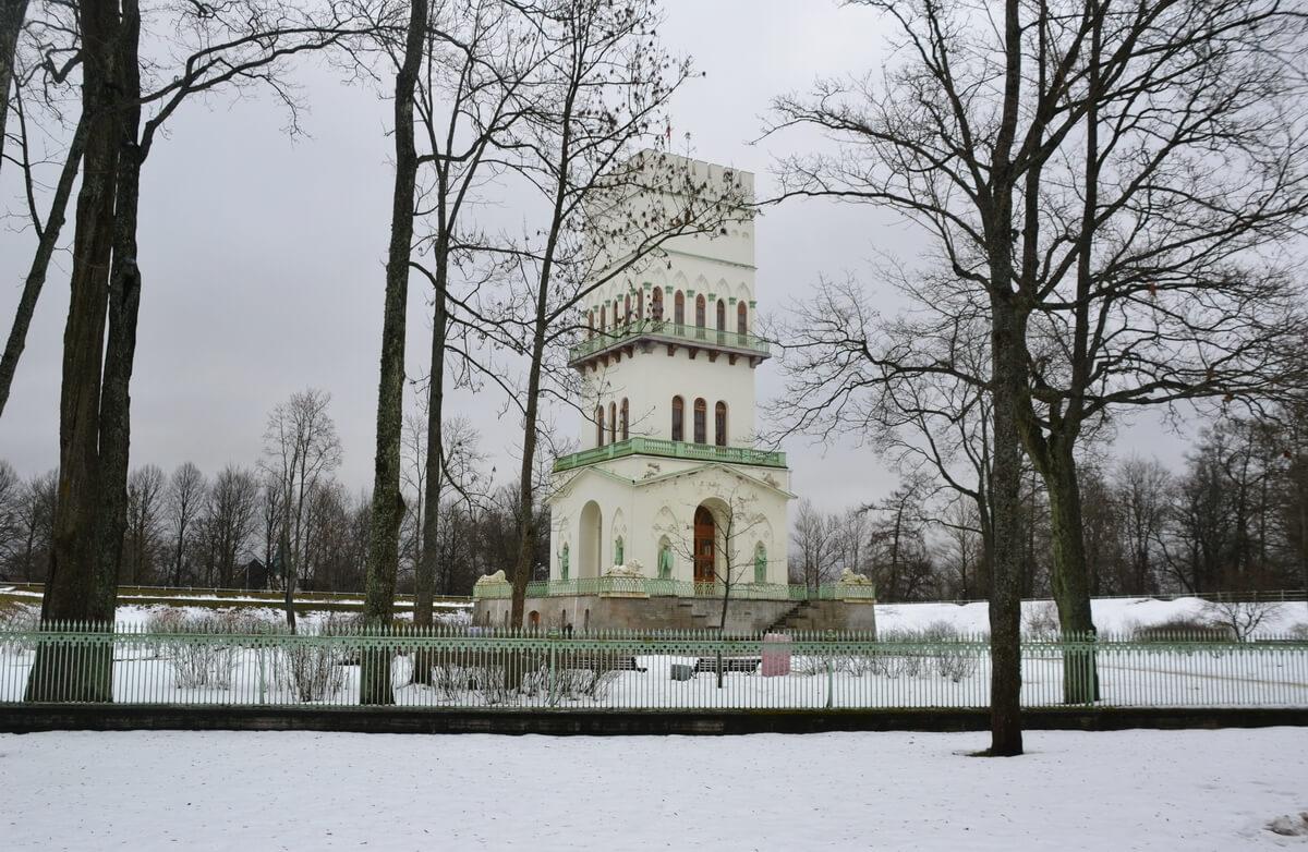 Павильон `Белая башня`