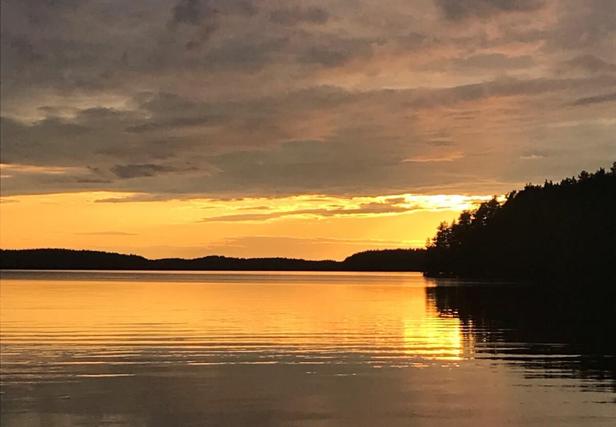 Закат на озере Сайма