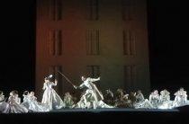Театры Петербурга в новогодние каникулы: впечатляющий выбор