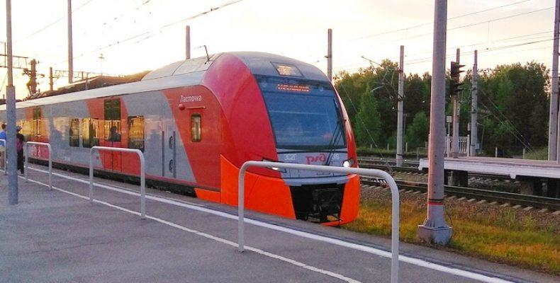 Запущен скоростной поезд «Ласточка» из Петербурга в Псков