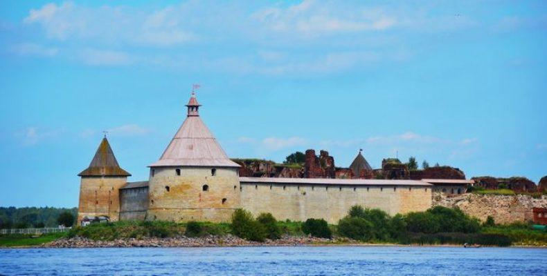 Как добраться до крепости Орешек в Шлиссельбурге