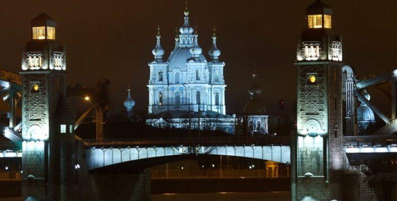 Как работает транспорт Петербурга в новогоднюю ночь 2018 – 2019