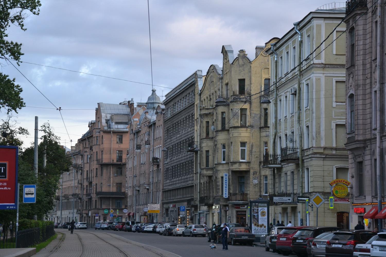 Петроградка. Недалеко от метро Горьковская