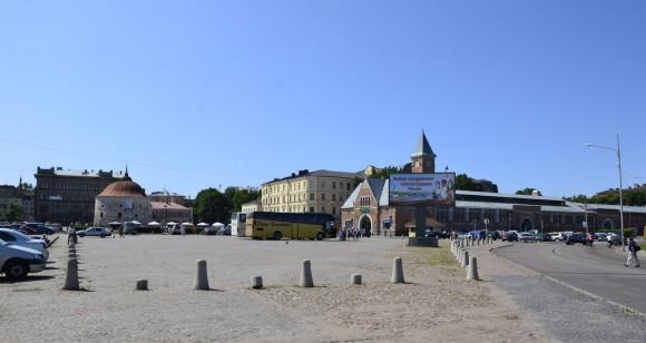 Рыночная площадь Выборга с Ратушей