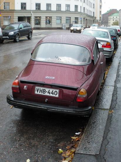 Запарковаться в Финляндии можно и на обочине дороги, там, где это не запрещено знаками