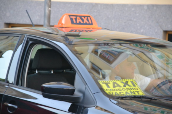 Такси свободно