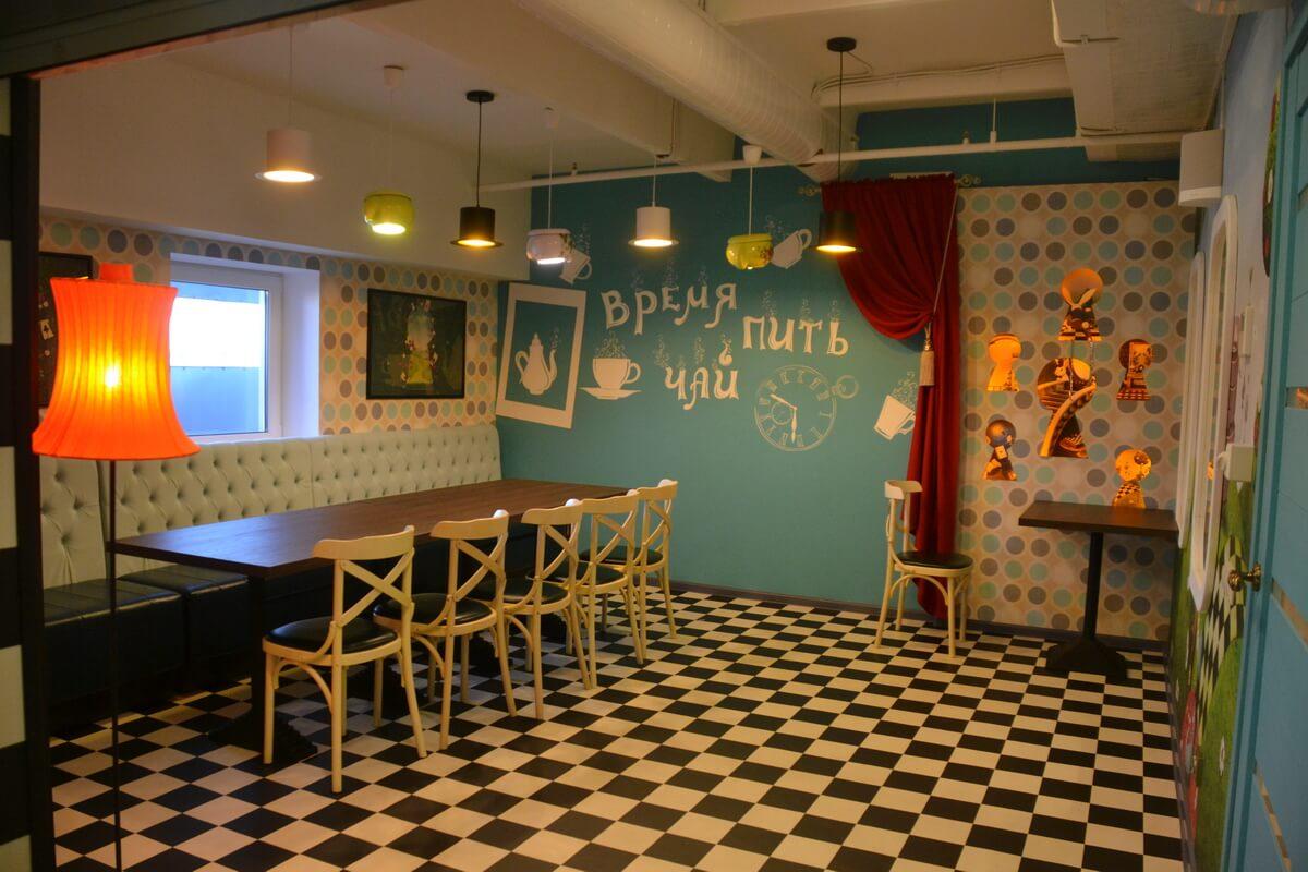 Еще одно фото зала `Алиса в стране чудес`