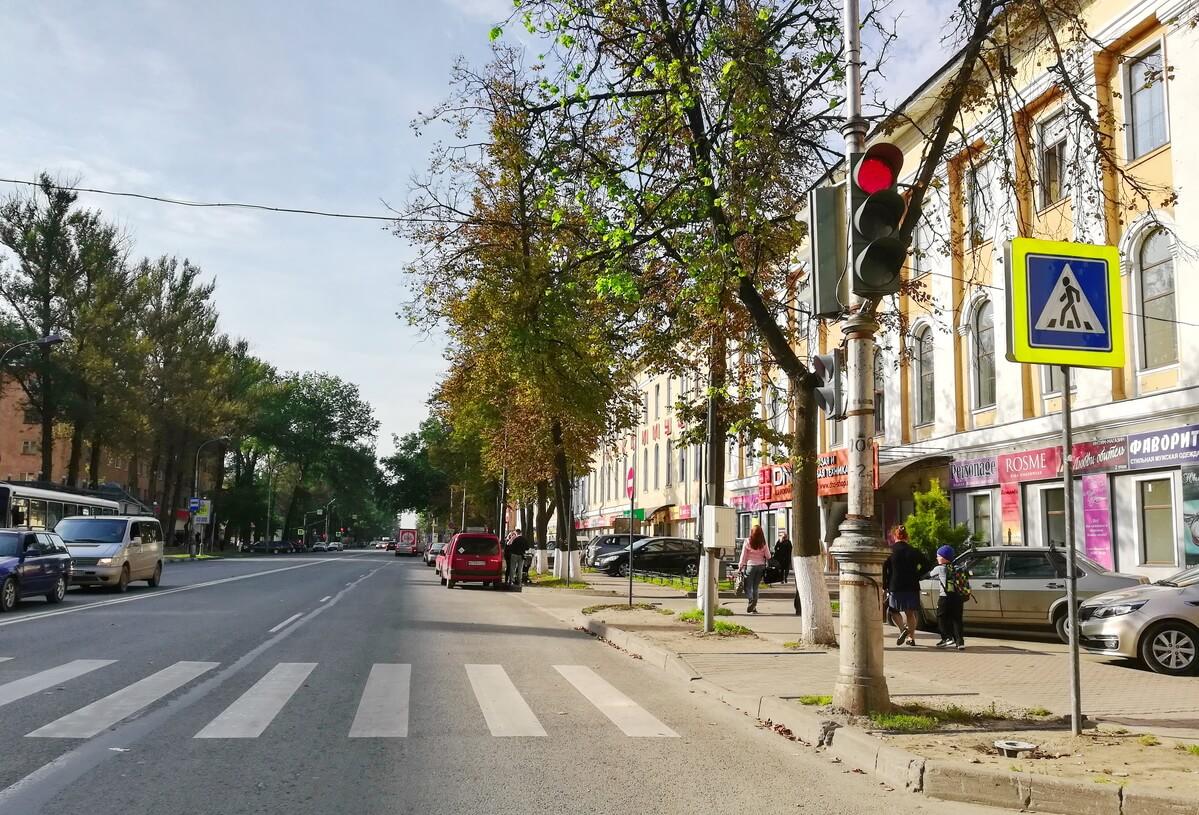 Фрагмент Октябрьского проспекта