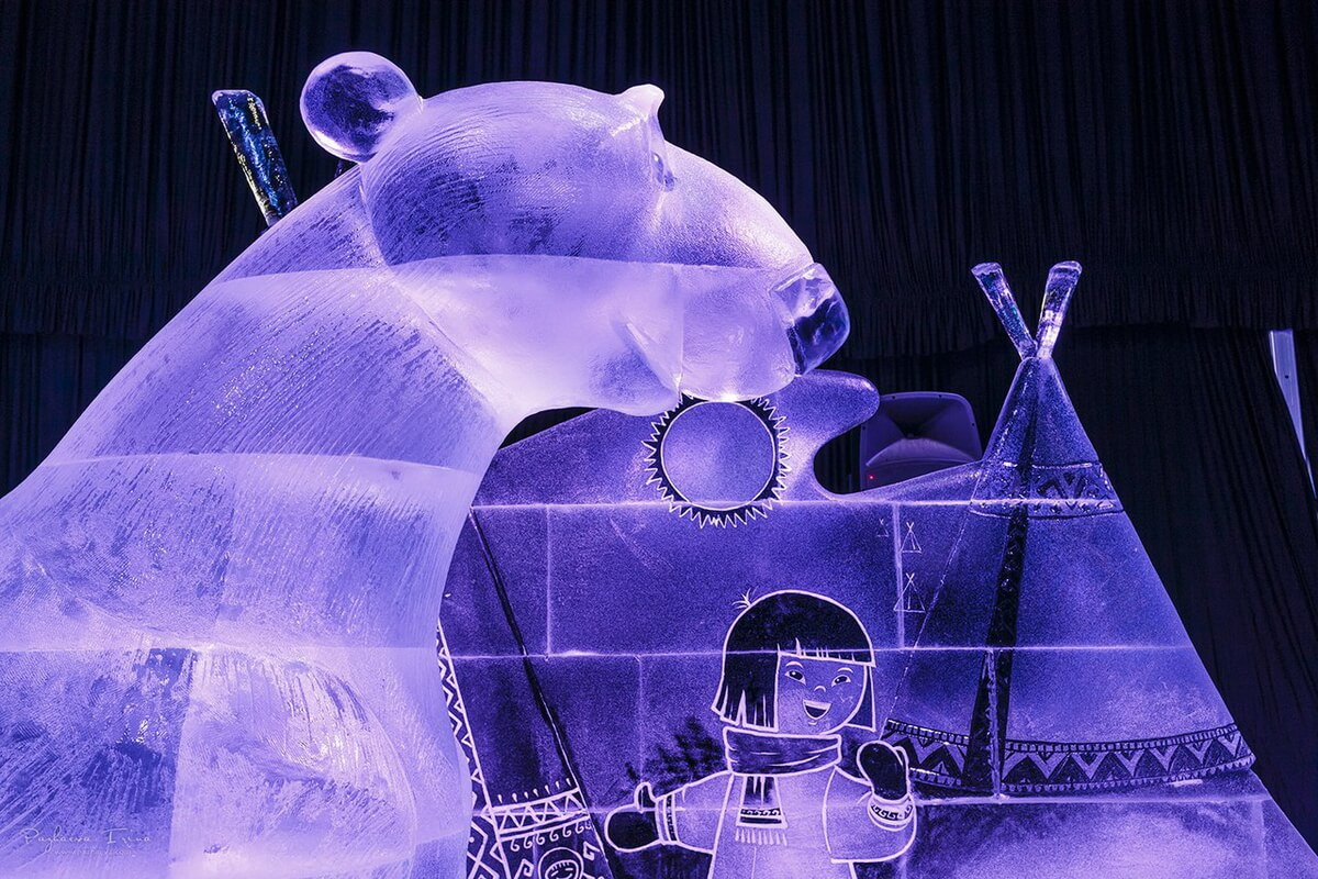 Ледовые скульптуры. Северный полюс