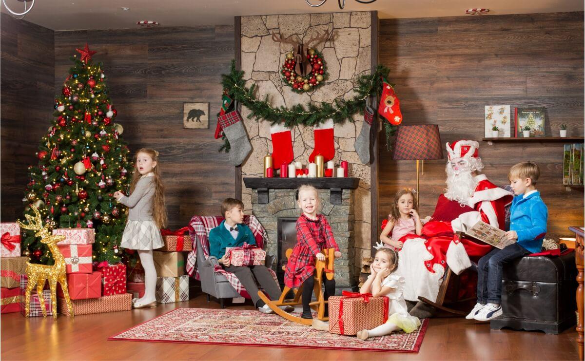 Резиденция Деда Мороза в Mouse House
