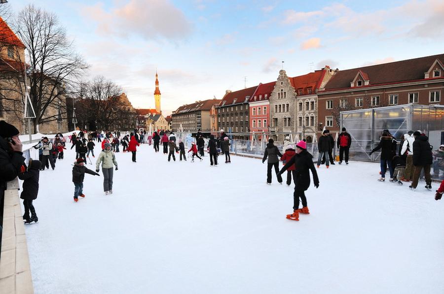 Каток в Таллине под открытым небом