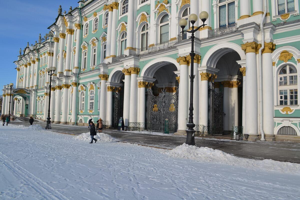 Центральные арки Зимнего дворца
