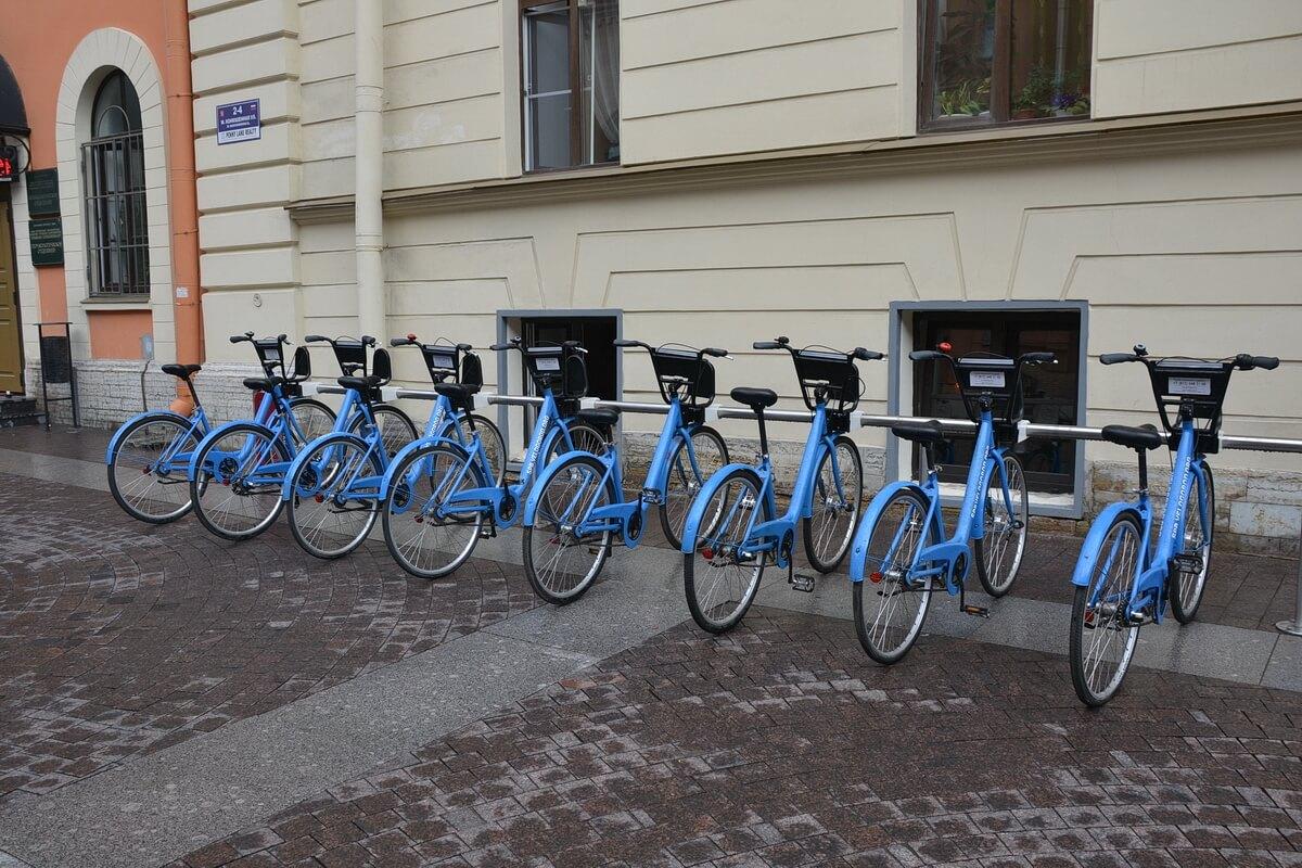 Парковка прокатных велосипедов