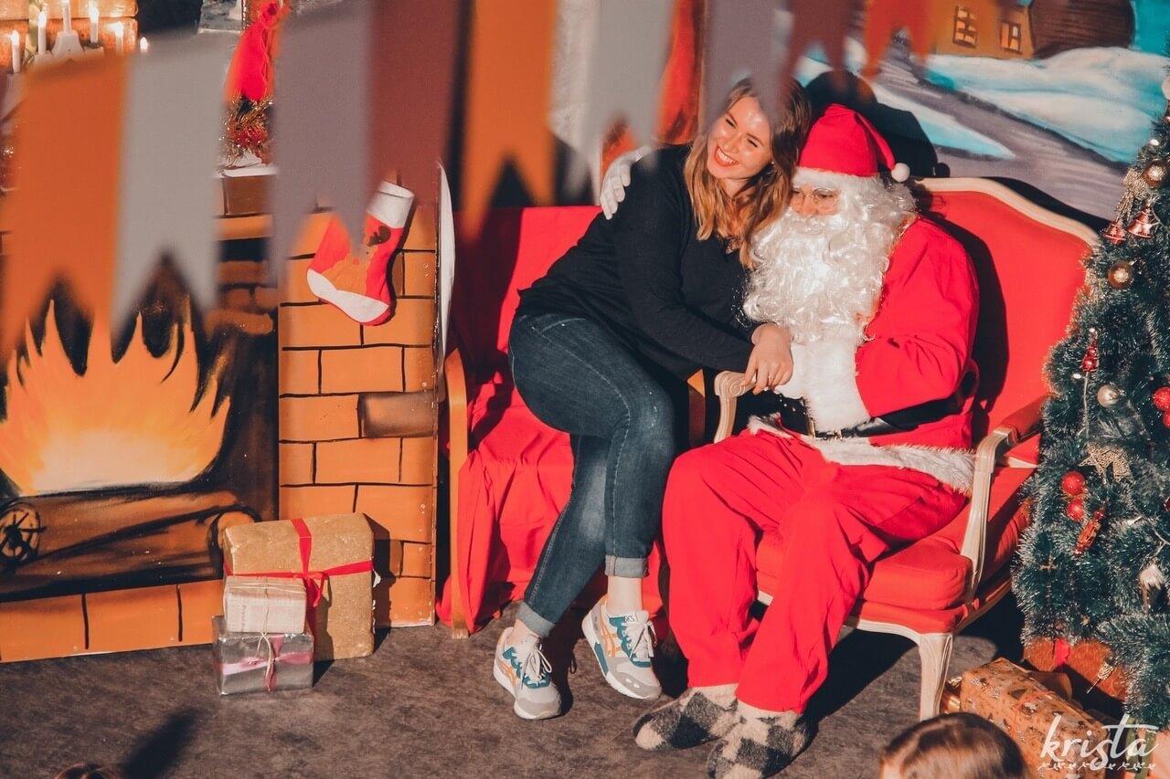 фотозона с Санта-Клаусом