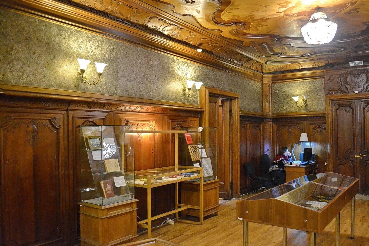 Экспозиции музея Набокова