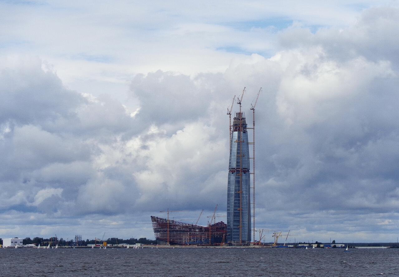 Строительство небоскреба `Лахта Центр`