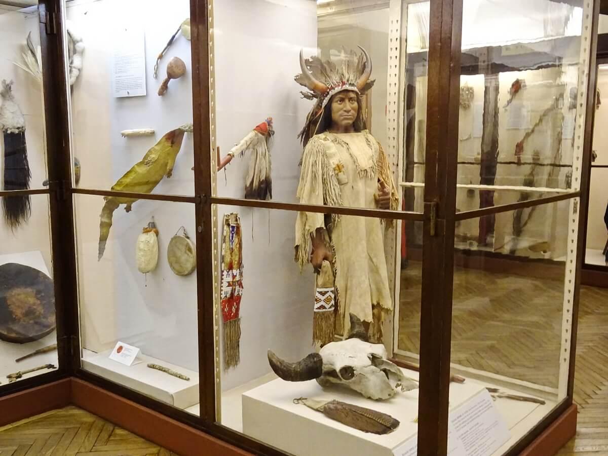 Одежда и предметы обихода коренных жителей Северной Америки