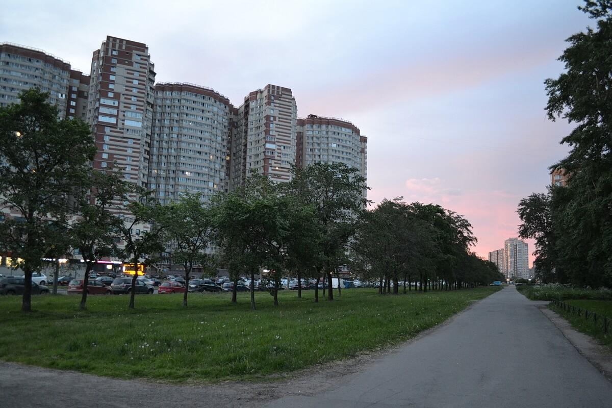 03:00 Пересечение проспекта Космонавтов и улицы Орджоникидзе, юг города