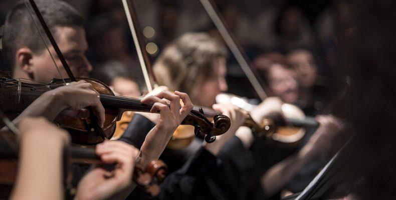 Живой концерт «Новогодний Штраус-гала» в церкви Св. Петра и Павла с 25 декабря по 7 января