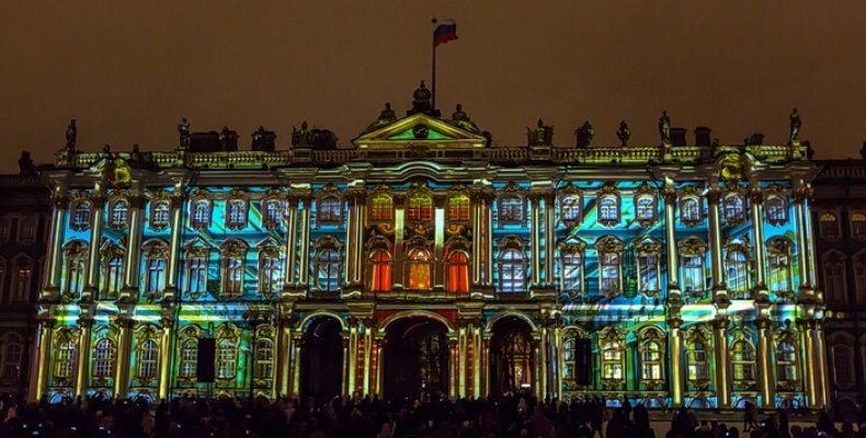 3D-мэппинг-шоу в честь Дней Эрмитажа на Дворцовой площади 5 и 6 декабря