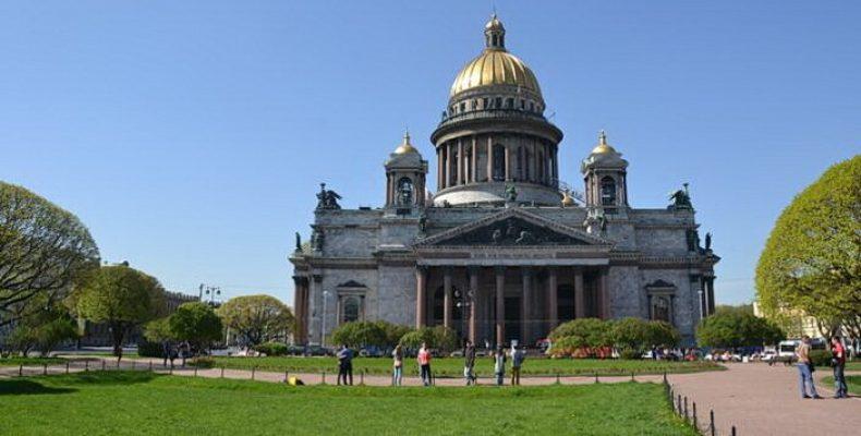 Исаакиевский собор с колоннадой и Спас на Крови открываются после карантина