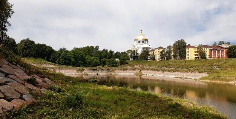 Индивидуальный тур в Кронштадт и по окрестностям Петербурга с гидом Альтернативной истории