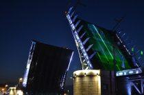 Ночная экскурсия на теплоходе на развод мостов