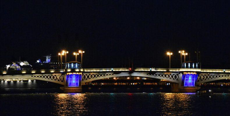 Мосты Петербурга постепенно перестают разводиться