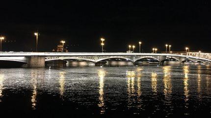 Автомобильная экскурсия «Романтичный ночной Петербург»