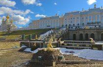 «Петергоф» закрыл парки на просушку до 25 апреля