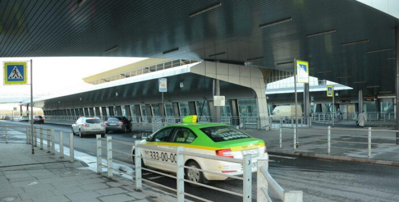 Высаживать пассажиров в Пулково можно снова в течение 15 минут