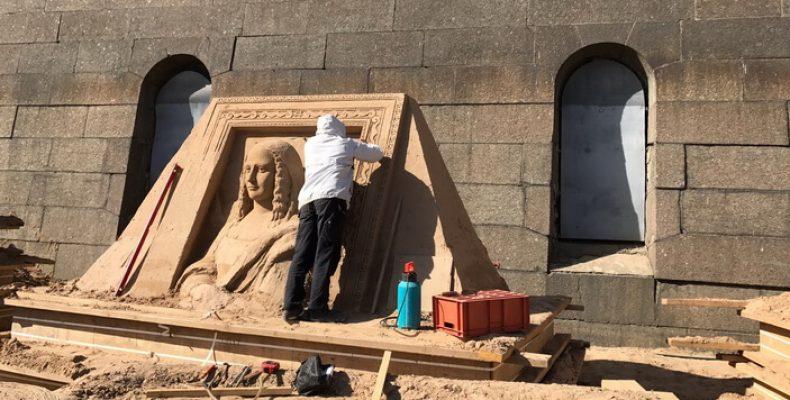 Фестиваль Песчаных скульптур в Петропавловской крепости будет проводиться до 9 сентября